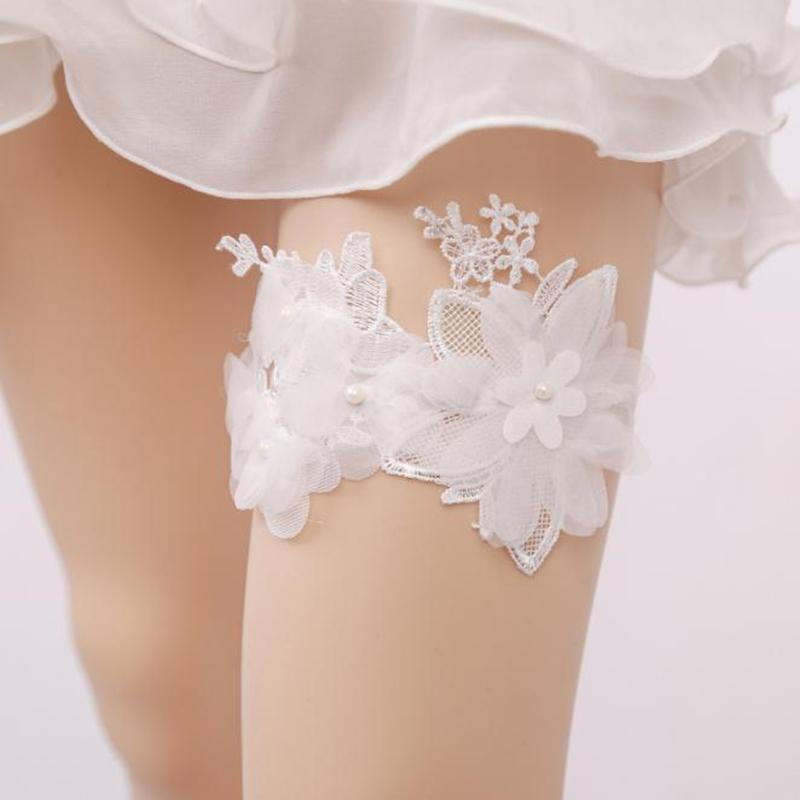 4f8f565b0b2 Lace Wedding Garter