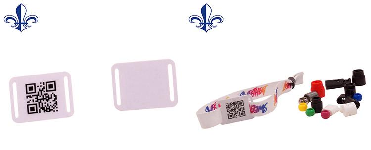 QR รหัสที่ใช้งาน RFID การ์ดที่กำหนดเองพลาสติกสายรัดข้อมือ