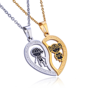 Customized Best Friend Hollow Broken Heart Necklace Couple Love Pendant