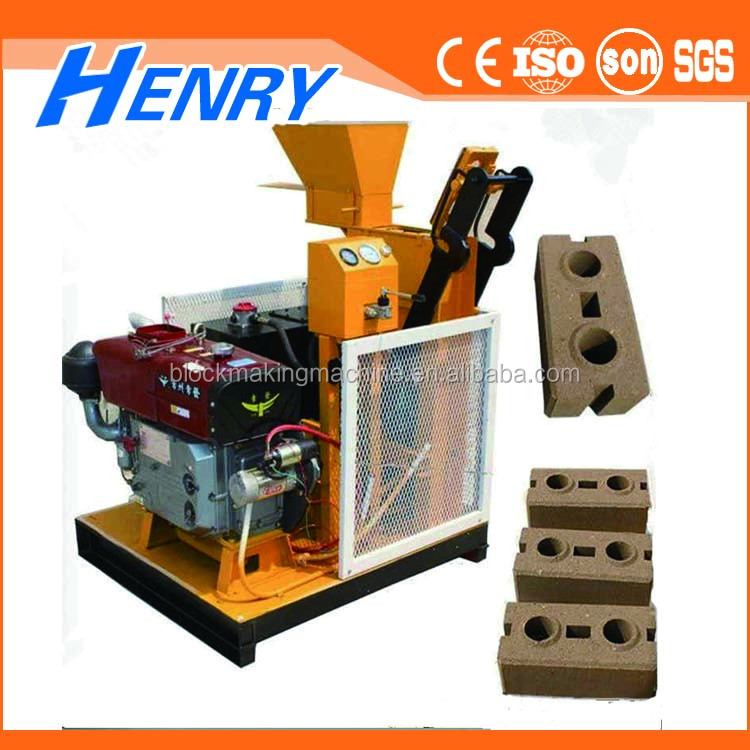 Chinese supplier HR1-25 semi-automatic hydraulic molding brick machine, clay soil interlocking brick making machine new product