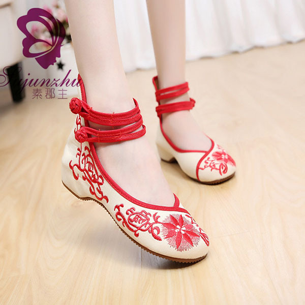 2015 New Fashion Chinese Traditional Women Shoes Casual