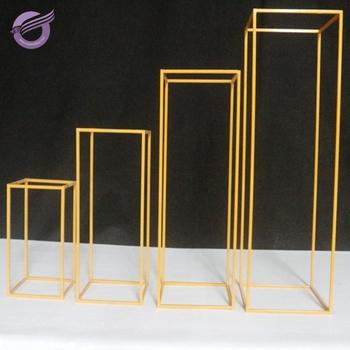 Qt03880 Metal Flower Pedestal Stand Wedding Decoration Gold For