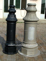 Cast aluminum street lighting pole base