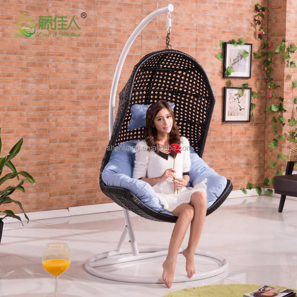 Forma de huevo mimbre rattan cama columpio silla tejida for Silla huevo colgante