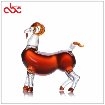 Animal Shaped Glass Bottle Sheep Shaped Clear Wine Glass Decanter 1000ml
