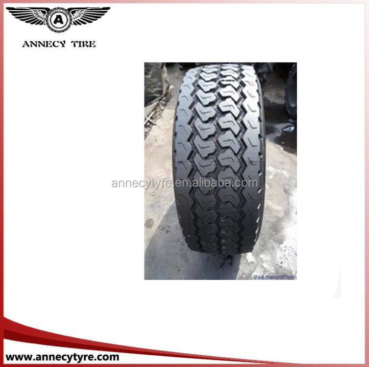 China new pattern light truck super swamper tires