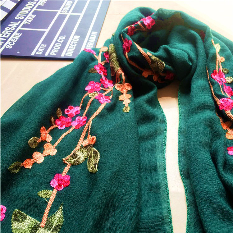 2018 Hot Cotton And Linen Plum Flowers Shawl Retro National Embroidery Women Scarf