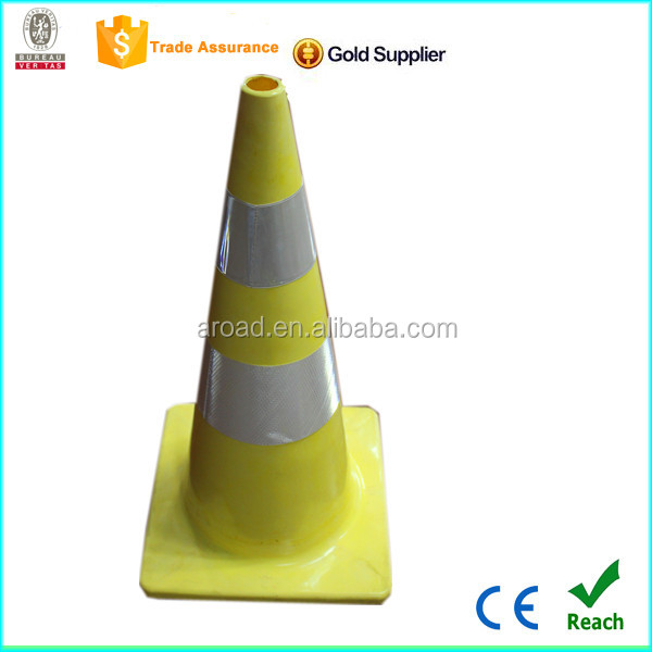 2016 factory hot sale integral yellow color with reflective tape PVC traffic cone