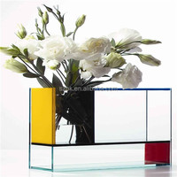 Equisite fashionable clear acrylic vase from china