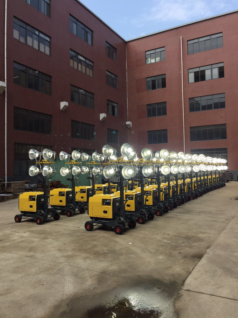 LED Lamp Silent Diesel Generator Small Portable Light Tower