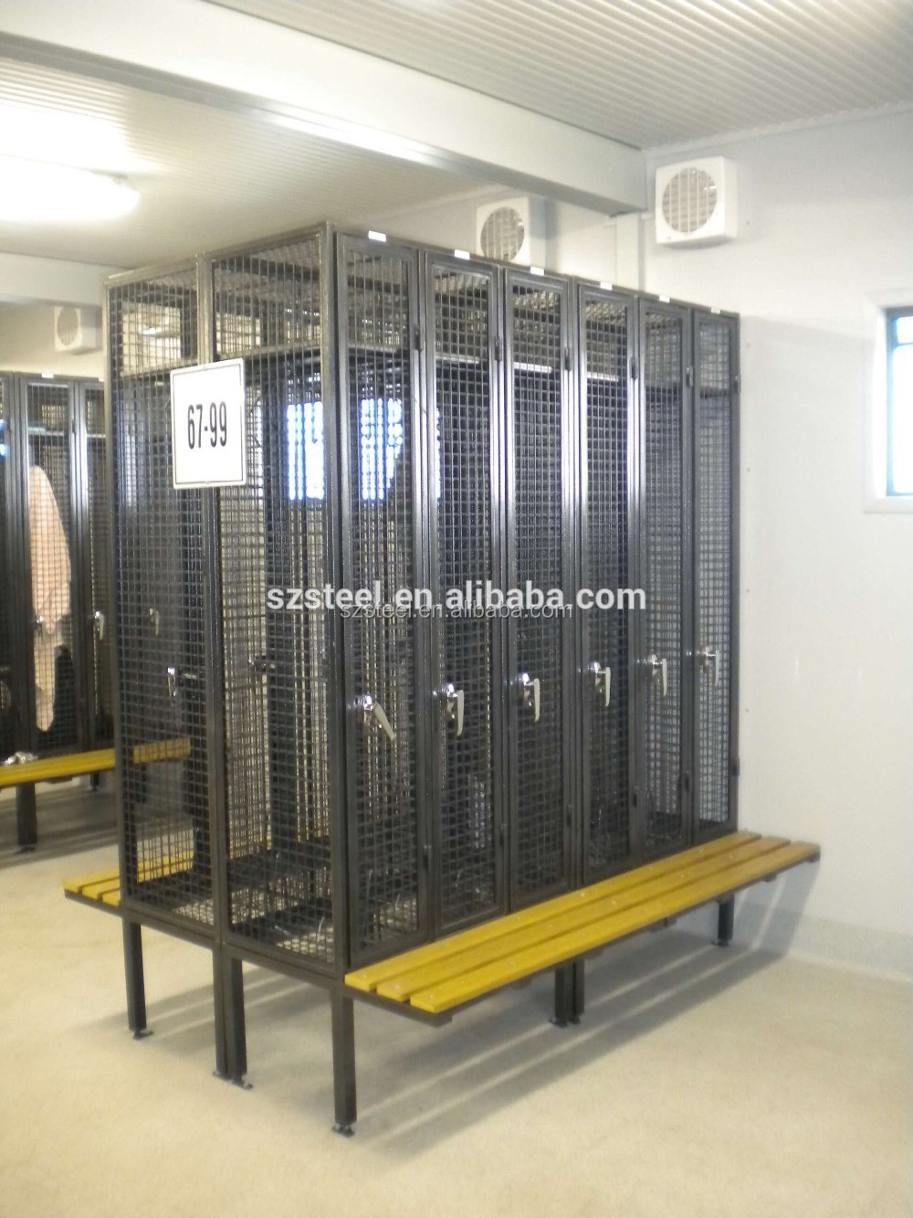 Individual Metal Wire Mesh Locker With Bench 3 Doors Wire
