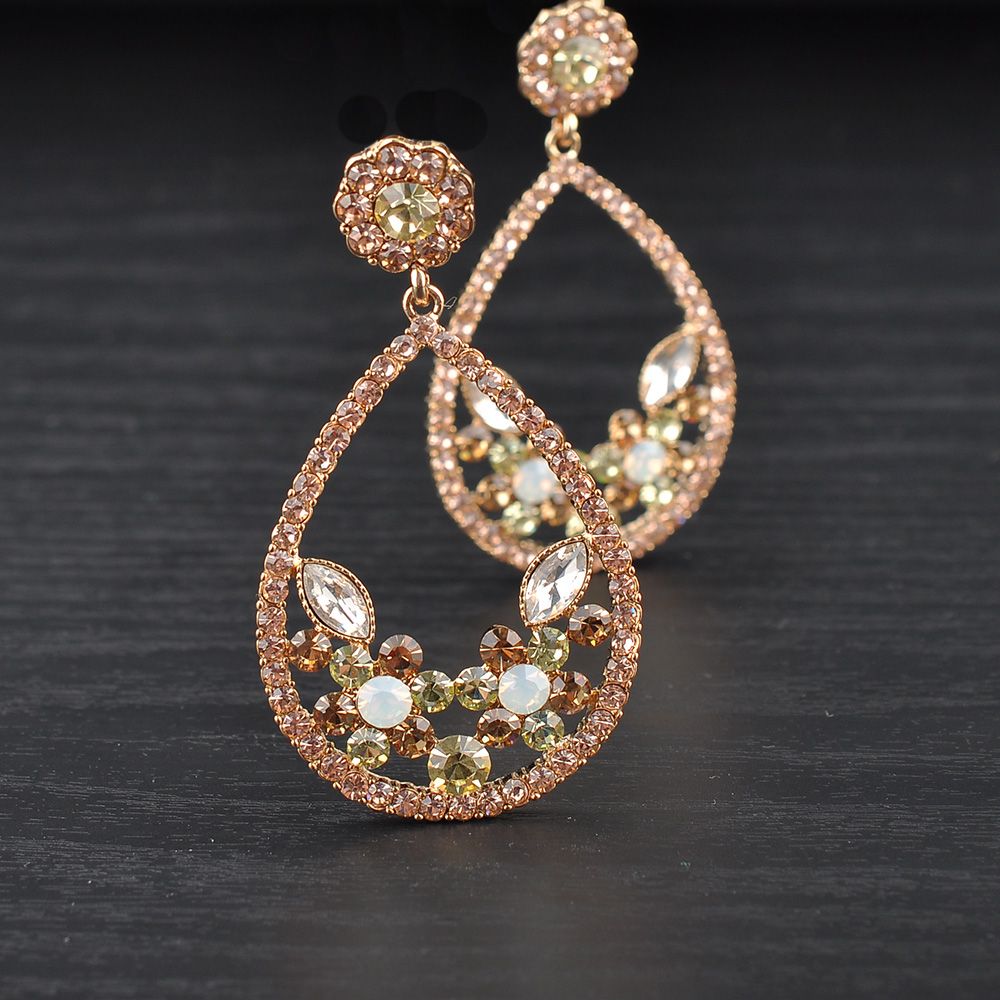 Wholesale Gold Pave Crystal Indian Jhumka Drop Earring Jewelry