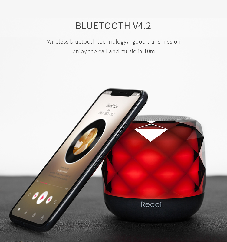 Recci Diamond series Wireless speaker with smart touch lamp