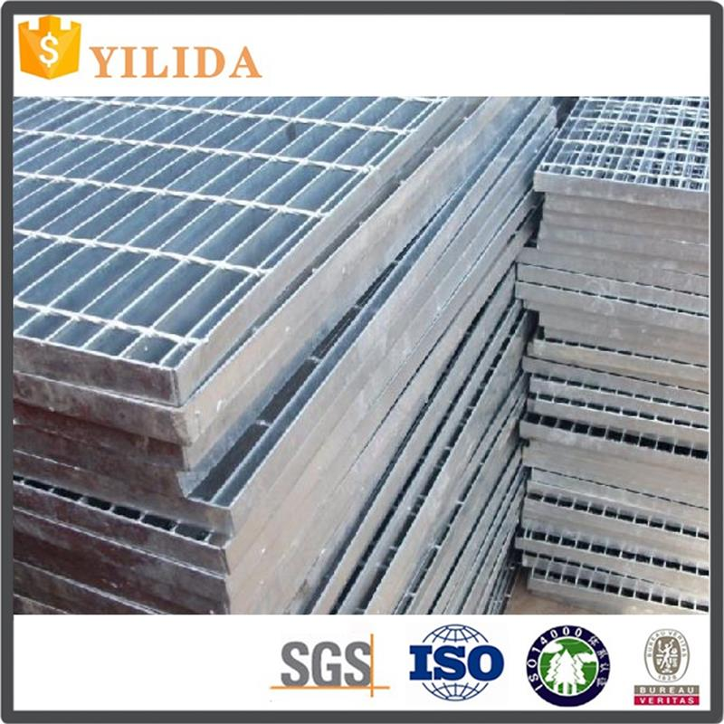 bright surface. Cover Trenches in Plantswelded grating company made in China