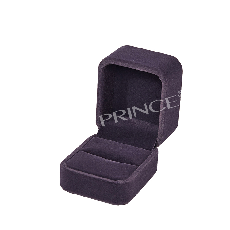 Custom Jewelry Luxury black Color Velvet Wedding Luxury Engagement Ring Box With Black Velvet insert