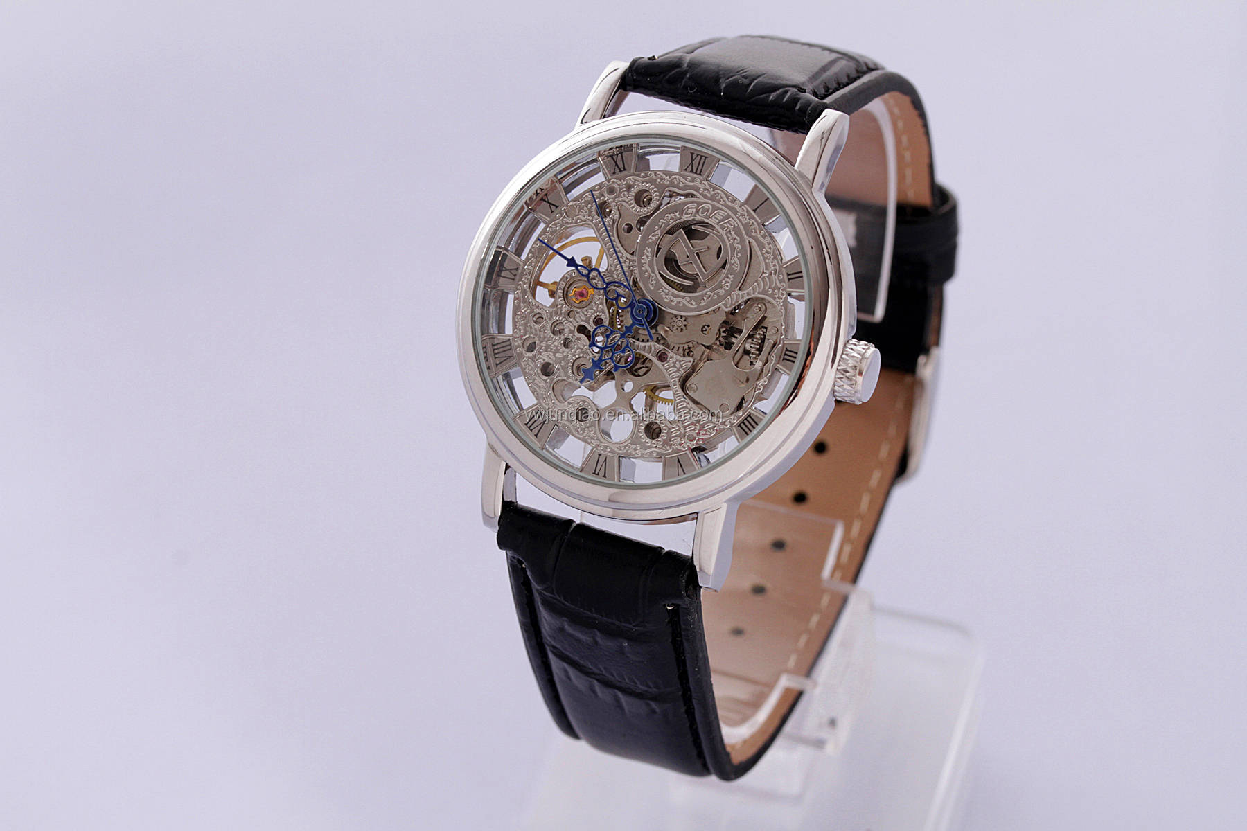 9a3701eefb0e9 الأسهم 3 ألوان الساعات الميكانيكية. حار بيع دليل هيكل عظمي الميكانيكية ووتش فضة  رجالي ساعة