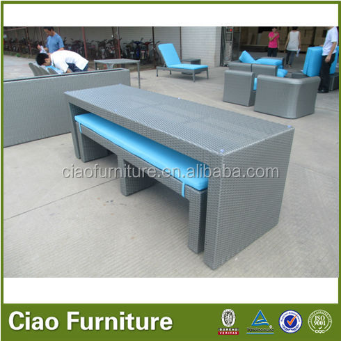 Dubai long beach chair and dining table