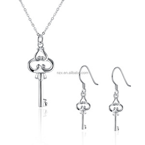 OUXI Beautiful silver plated key necklace and earring jewelry set S-8404-991000