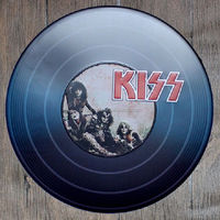 Kiss Vintage Embossed Metal Tin Sign Nostalgic Art Poster Retro Plaque\Plate for bar pub home restaurant decor