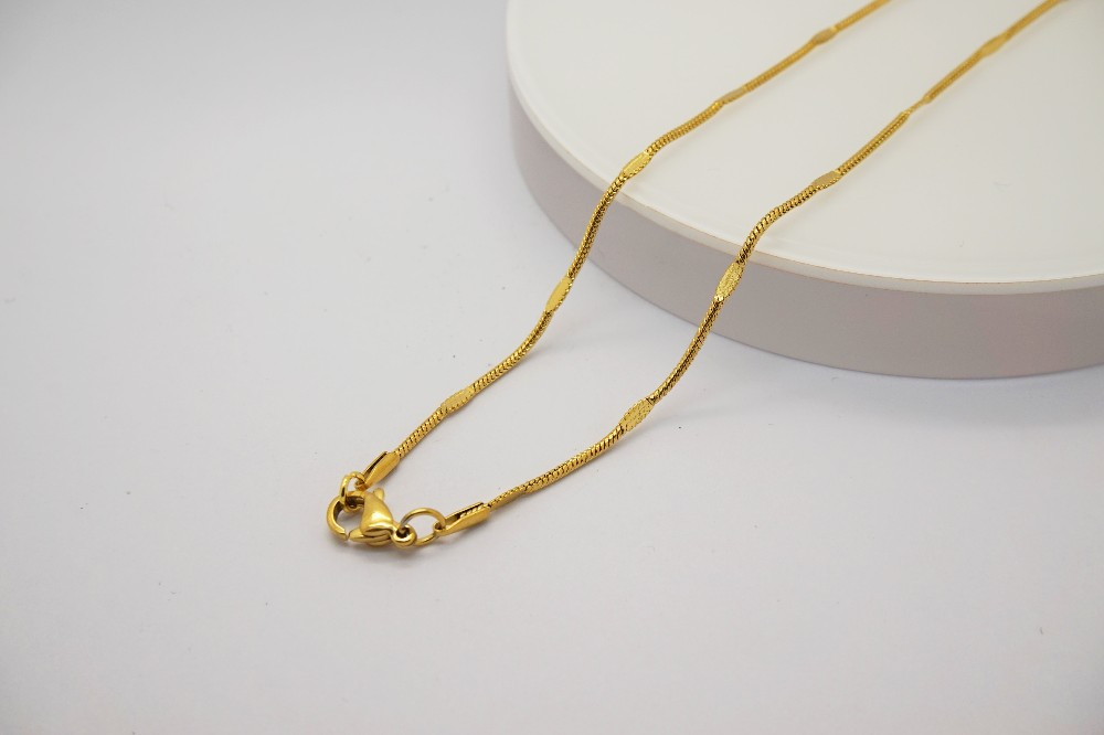 Latest Design Fashion Tiny Simple Gold Chain Necklace Designs For ...
