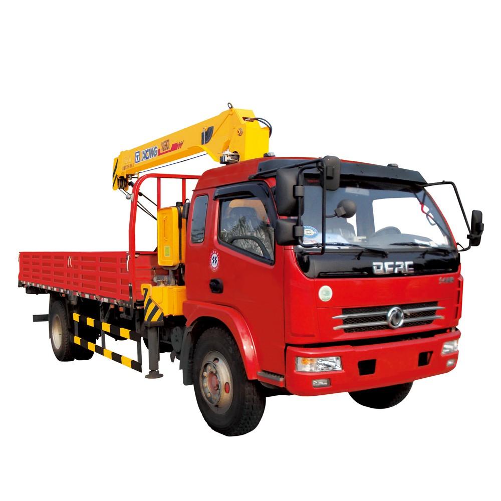 SQ10SK3Q 10 टी 90kw सेवा ट्रक क्रेन