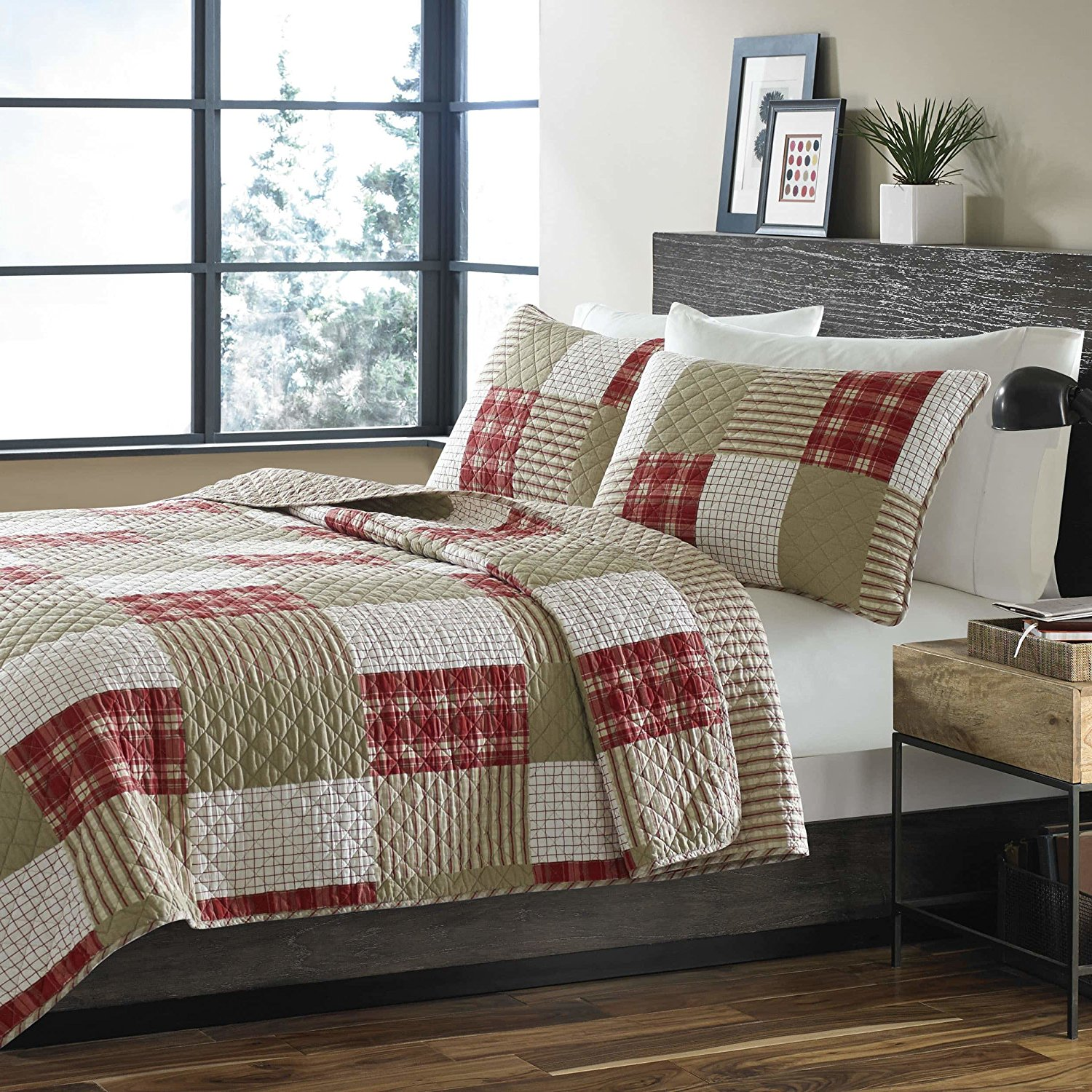 3 Piece Khaki White Patchwork Quilt Full Queen Set, Light Brown Red Plaid Striped Pattern, Reversible Checkered Comfortable Traditional Geometric Luxurious Adult Bedding Master Bedroom Quilted, Cotton