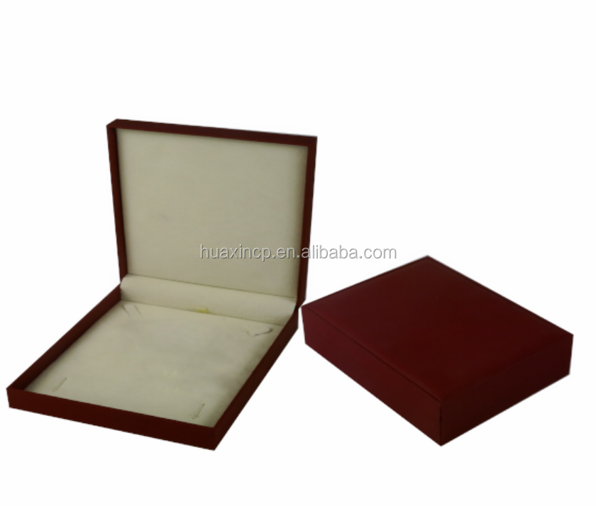 Alibaba wholesale necklace box coated with paper faux suede lining plastic jewelry box