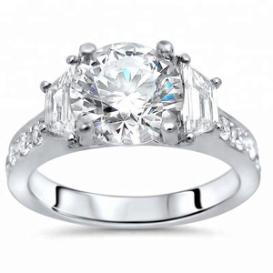 18K WHITE GOLD MOISSANITE TRAPEZOID DIAMOND 3 STONE ENGAGEMENT RING