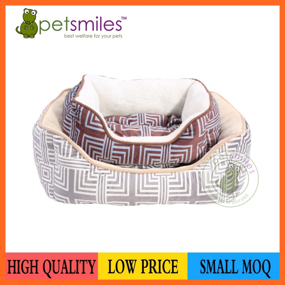 dog bed with geometry pattern cloth