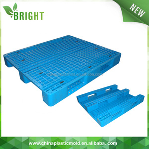 Heavy duty big pallet size recyle rubber pallets plastic return pallets