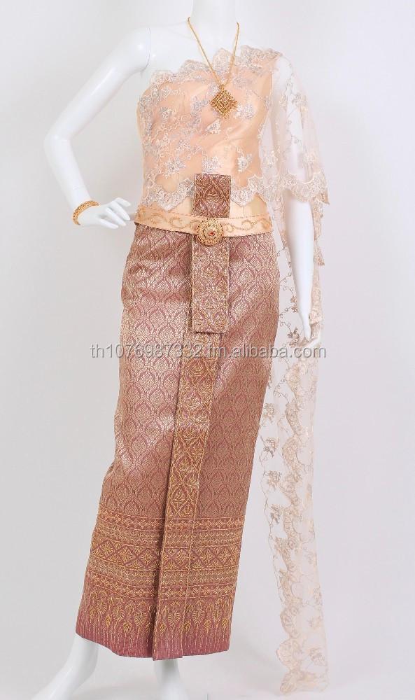 Noche tailandés trajes en Lérida