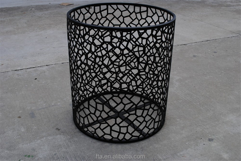 boutique use iron end table display table black organic side table