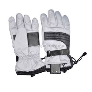 Winter outdoor cycling motorcycle rechargeable electric battery thermal heated gloves