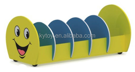 Caterpillar Design Good sale Wooden bookshelf for preschool