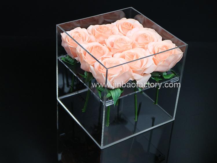 acrylic box with lid.jpg