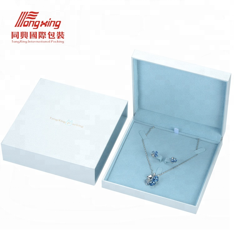 Hot Sale Quality Leatherette Ivory Velvet Square Jewelry Gift Packaging Boxes for Necklace Jewellery Pendant Earring Set Boxes