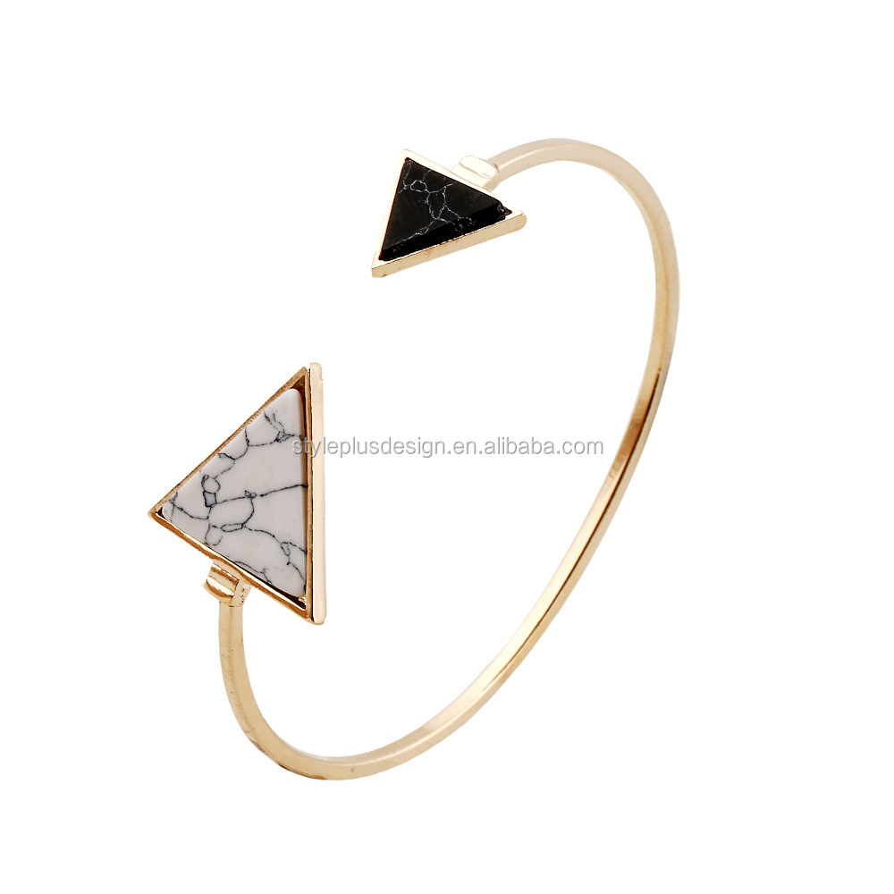 FC082 different sizes white resin triangle bracelet wholesale gold plated silicone friendship cuff bracelet