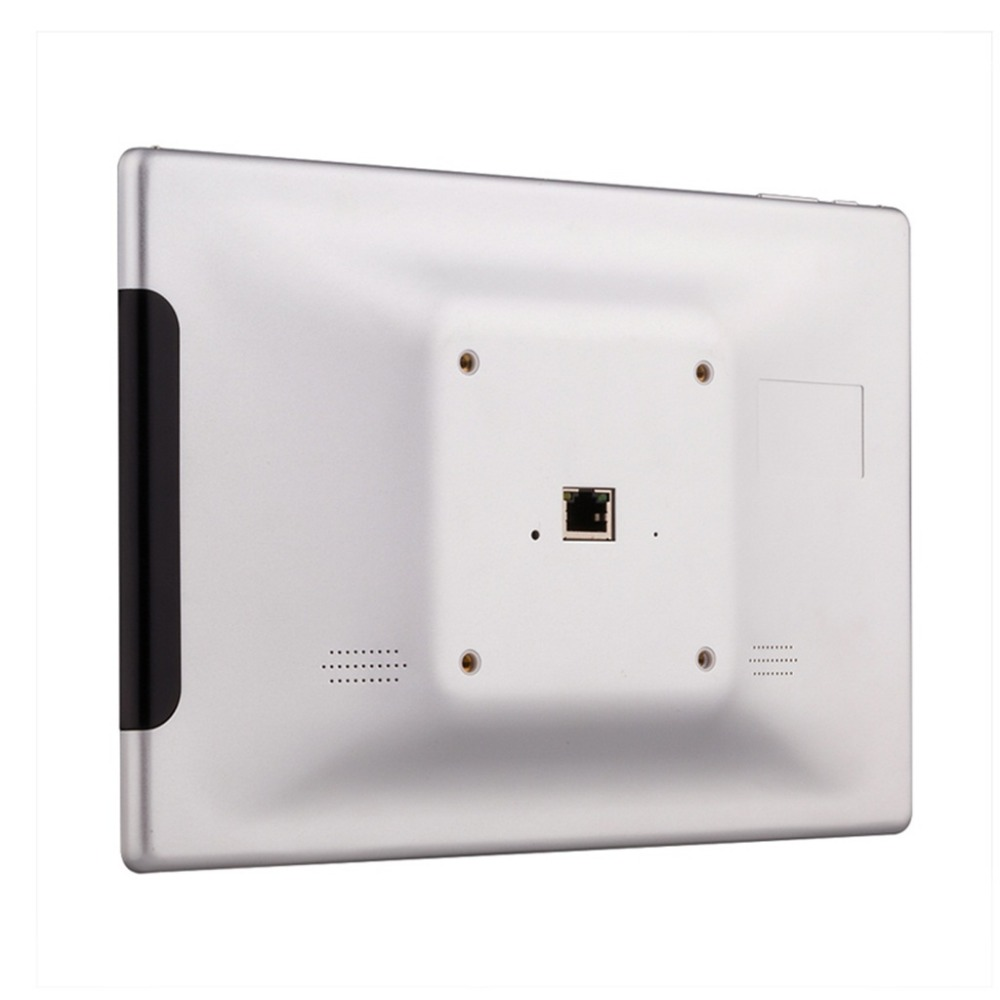 VESA mount built-in with 75mm x 75mm digital signage screens