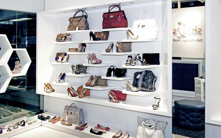 SHOES-RU-concept-store-by-A-D-design-Vladimir-Russia-04.jpg
