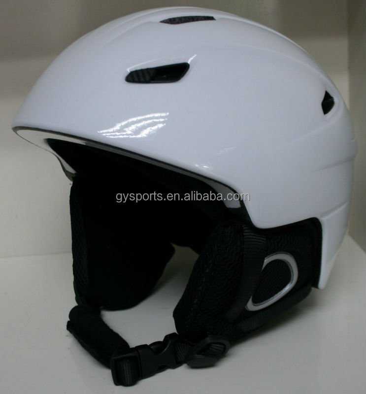 ski helmet has different size and Ear protectors ,2015 hot sales!good sales!