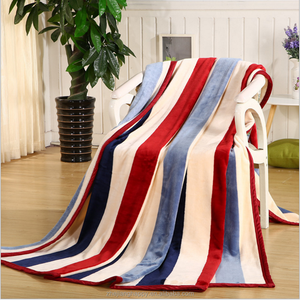 2017 new design very fashion soft cloud stripe raschel blanket
