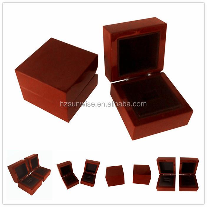 pas cher en bois bo te de montre montre personnalis e bo te bo te bijoux id de produit. Black Bedroom Furniture Sets. Home Design Ideas