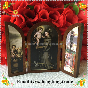 Religious Wood photo frame plaque/ religious wood ornament with opening window , wood standing rahmen with saint icon images