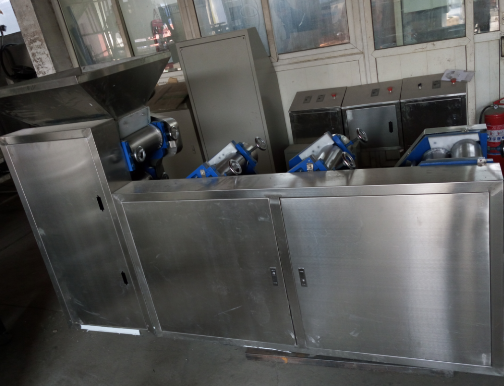 Mini Capacity instant noodle making machine /processing line