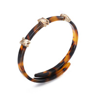 Fashion Jewelry Cloth Accessories Round Acrylic Bangle Amber Acrylic Cuff Bangle For Women