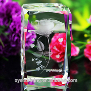 Wholesale Shining 3d laser engraved crystal cube with cartoon image for Valentine's day gifts