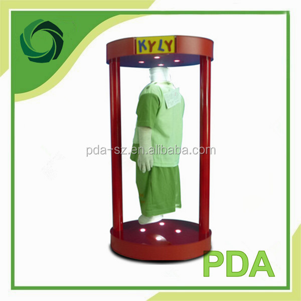 Magnetic Rotating children model hangers display stands for MARKET
