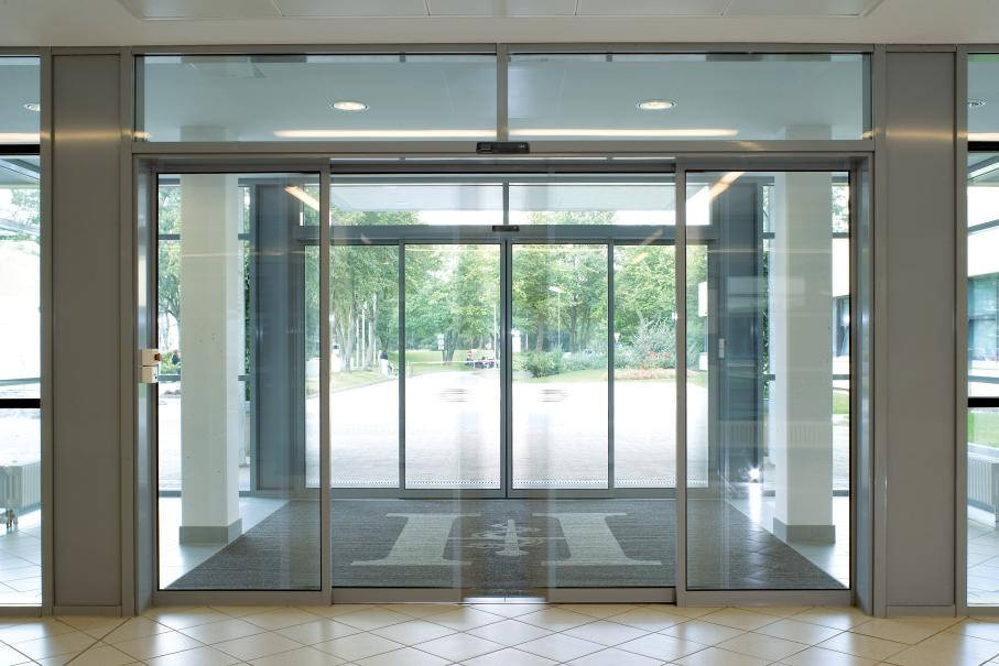 Commercial automatic sliding glass doors commercial automatic commercial automatic sliding glass doors commercial automatic sliding glass doors suppliers and manufacturers at alibaba planetlyrics Gallery
