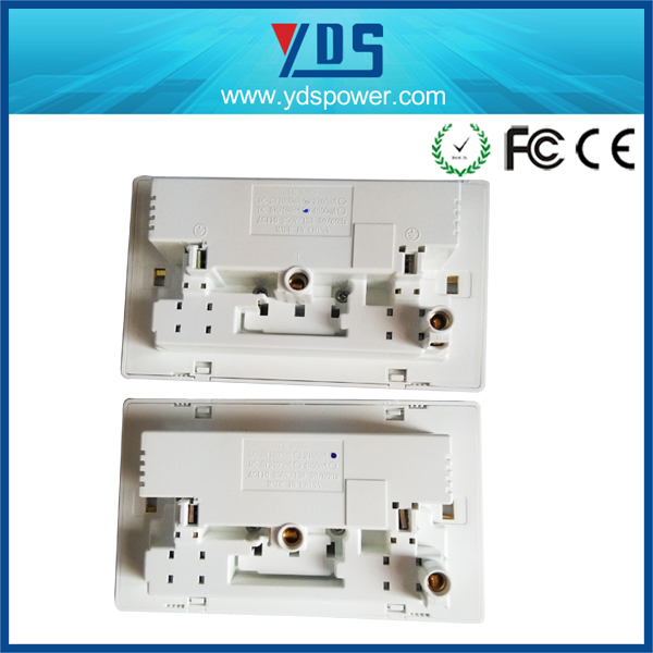 EU/UK/US Type dual AC plugs outlet double 5V 2.1A USB ports wall switch socket with CE RoHS approval