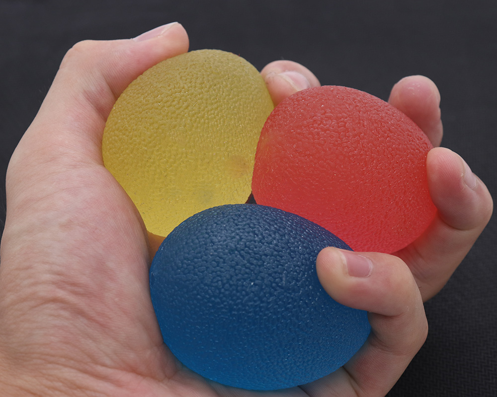High-quality tensile 60mm round fitness silicone grip ball